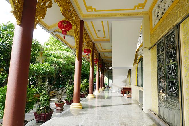 Ngôi chùa có bức phù điêu cây bồ đề nổi lớn nhất Việt Nam ở Sài Gòn - 8
