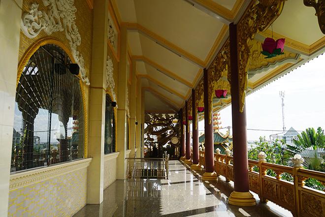 Ngôi chùa có bức phù điêu cây bồ đề nổi lớn nhất Việt Nam ở Sài Gòn - 9