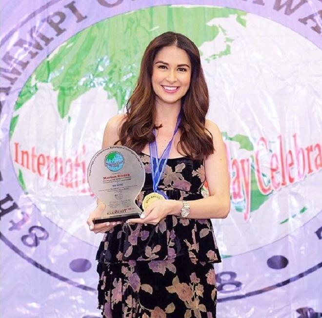 Thời trang bầu bí gọn gàng của người đàn bà đẹp nhất Philippines - 10
