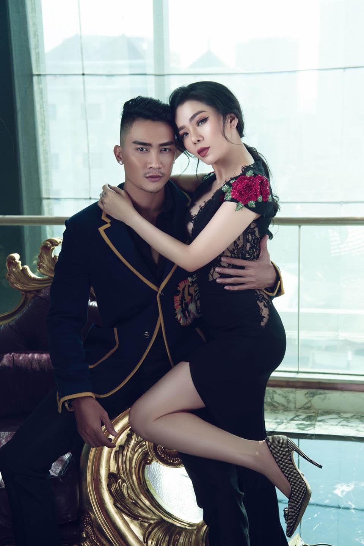 Đón Valentine, Lệ Quyên cùng siêu mẫu nam vào khách sạn 6 sao chụp ảnh - 4