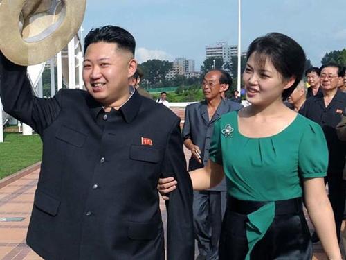 """Phu nhân ông Kim Jong-un: """"Cơn sốt thời trang"""" tại Triều Tiên - 4"""