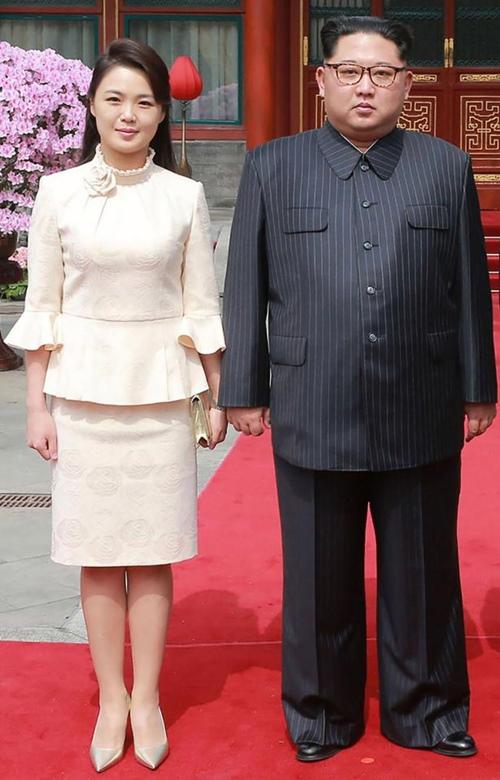"""Phu nhân ông Kim Jong-un: """"Cơn sốt thời trang"""" tại Triều Tiên - 9"""