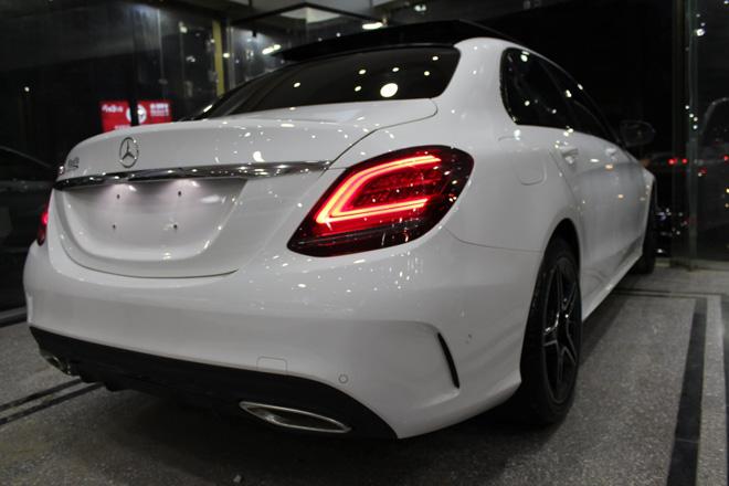 Mercedes-Benz C200 và C300 AMG Facelift 2019 sắp ra mắt tại Việt Nam - 12