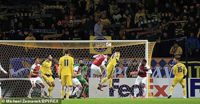 BATE Borisov - Arsenal: Đòn không chiến choáng váng - 1