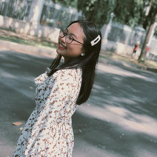Phong cách ra phố sành điệu của Phương Mỹ Chi với short ngắn, quần rách te tua - 10