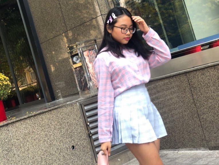 Phong cách ra phố sành điệu của Phương Mỹ Chi với short ngắn, quần rách te tua - 9