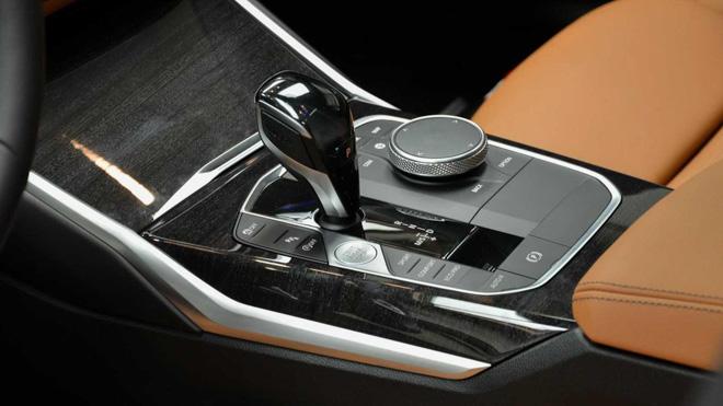 BMW 3-Series 2020 thế hệ mới nổi bật với lớp sơn Dravite Grey Metallic - 10