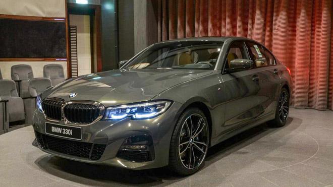 BMW 3-Series 2020 thế hệ mới nổi bật với lớp sơn Dravite Grey Metallic - 2