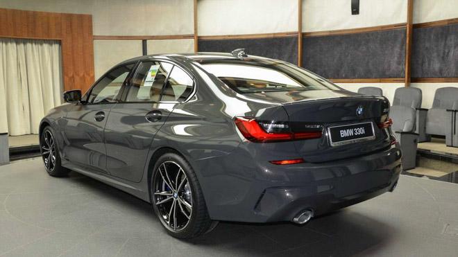 BMW 3-Series 2020 thế hệ mới nổi bật với lớp sơn Dravite Grey Metallic - 4