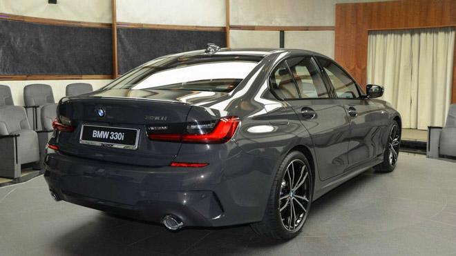 BMW 3-Series 2020 thế hệ mới nổi bật với lớp sơn Dravite Grey Metallic - 6