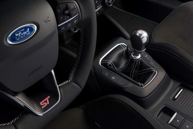 Ford chính thức vén màn Focus ST 2020 với sức mạnh 276 mã lực - 10