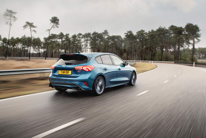Ford chính thức vén màn Focus ST 2020 với sức mạnh 276 mã lực - 2