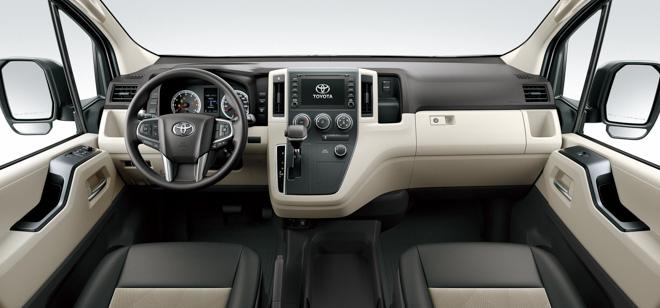 Toyota Hiace 2020 chính thức ra mắt với diện mạo mới, đi kèm hai cấu hình động cơ - 10