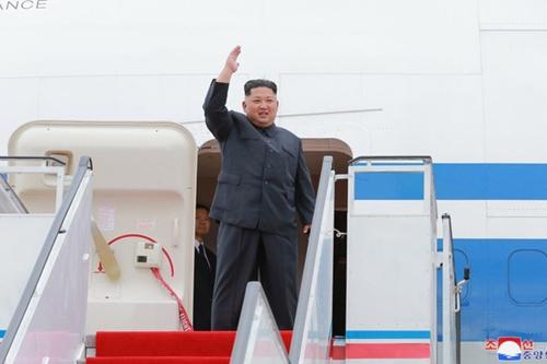 Ông Kim Jong-un sản xuất dòng quần áo có thể…ăn được - 4