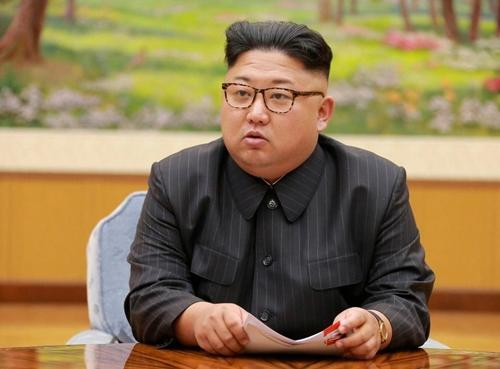 Ông Kim Jong-un sản xuất dòng quần áo có thể…ăn được - 3
