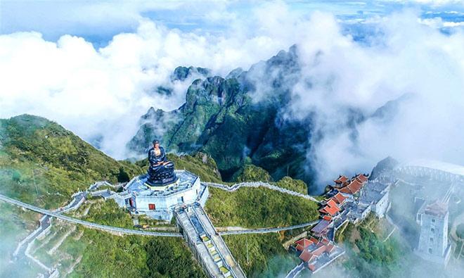 Chiêm ngưỡng tượng Phật cao nhất Việt Nam trên đỉnh núi Fansipan - 3