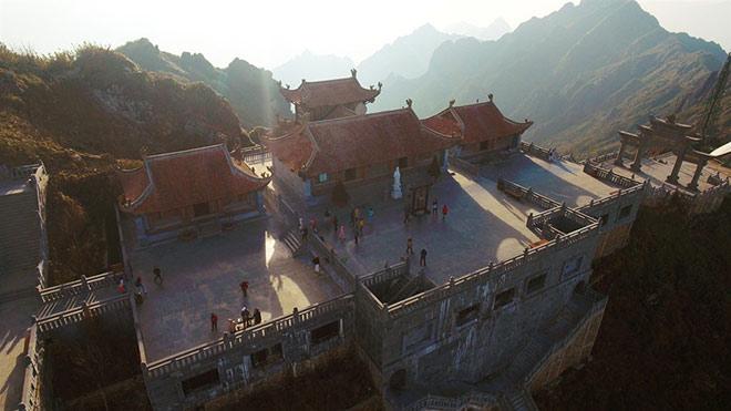 Chiêm ngưỡng tượng Phật cao nhất Việt Nam trên đỉnh núi Fansipan - 1