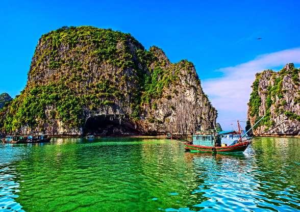 Du khách trố mắt trước những điểm đến đẹp tới mức siêu thực, Việt Nam cũng góp mặt - 4