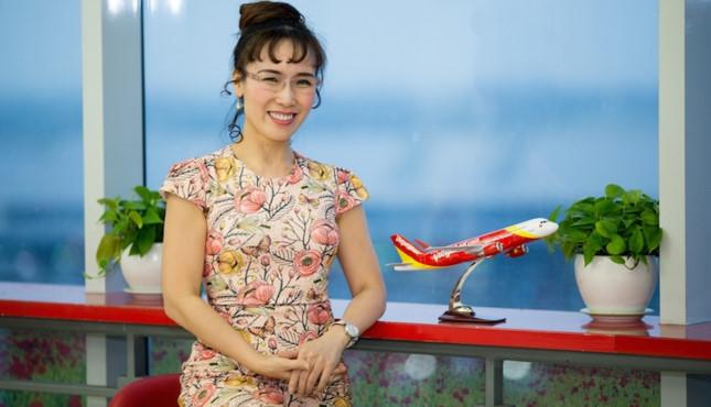 Tỷ phú Phạm Nhật Vượng thăng hoa, nữ CEO Vietjet bay hơn 1000 tỷ - 3