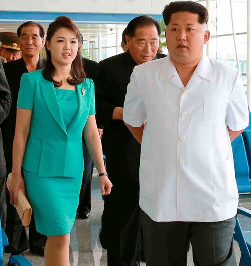 """Vì sao phu nhân ông Kim Jong-un là """"biểu tượng thời trang Triều Tiên""""? - 12"""