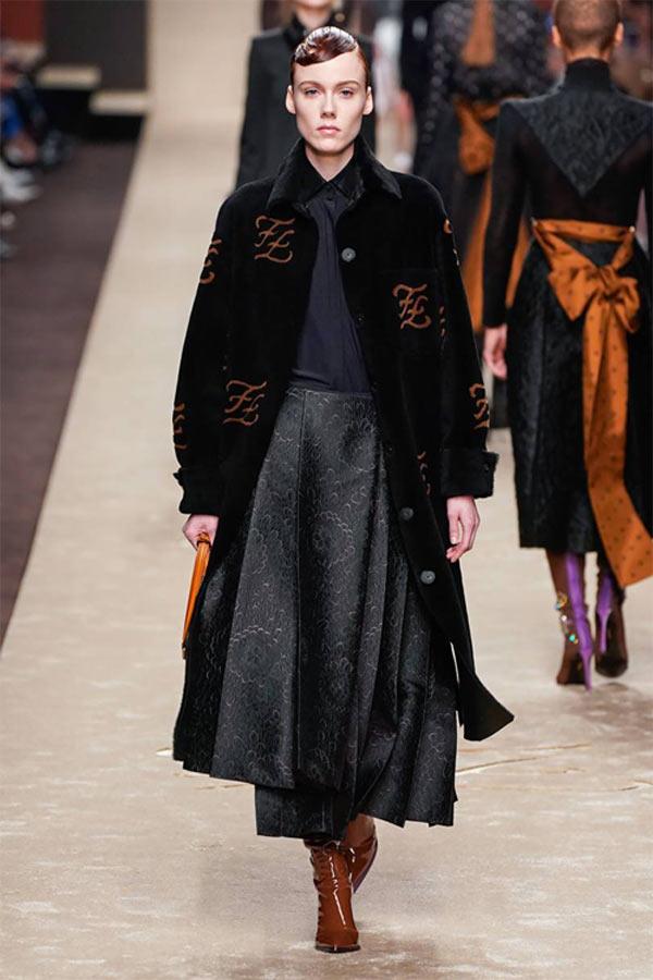 Tuyệt tác cuối cùng của Karl Lagerfeld cho Fendi - 14