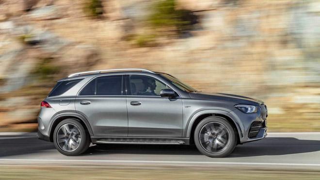 """Mercedes-Benz trình làng phiên bản """"trùm cuối"""" GLE53 4Matic+ 2020, giá bán từ 1,4 tỷ đồng - 2"""