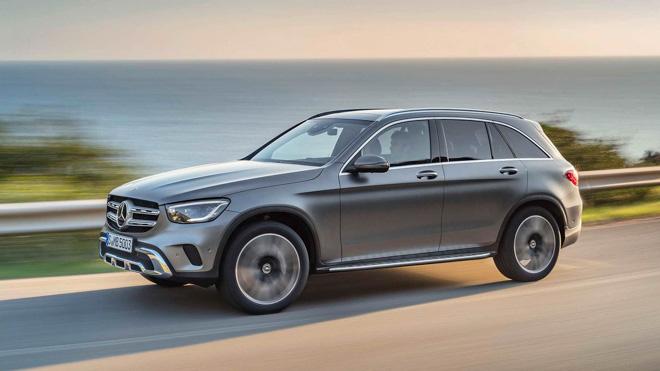 """Mercedes-Benz tung teaser """"nhá hàng"""" GLC Facelift 2020 mới - 1"""