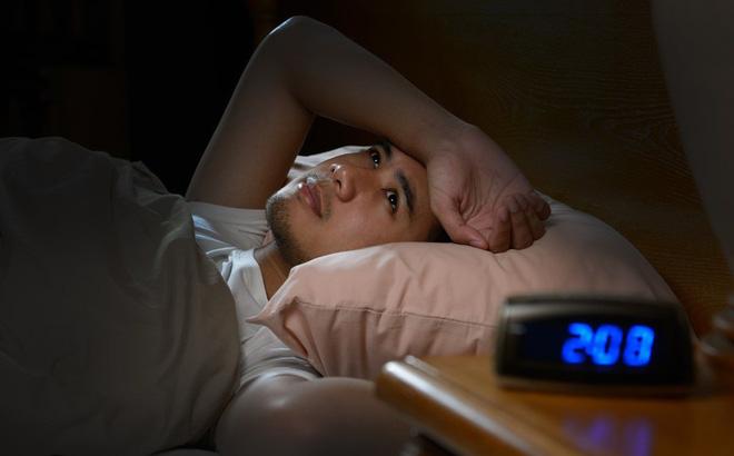 10 thực phẩm nên tránh ăn trước khi đi ngủ - 2