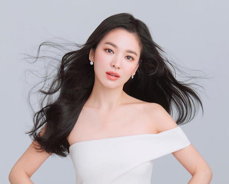4 bí quyết để Song Hye Kyo trẻ mãi dù đã 40 tuổi - 3