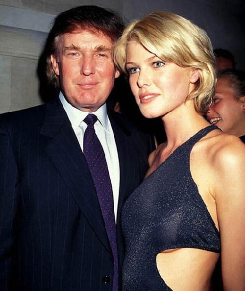 """Tổng thống Donald Trump thời trẻ đẹp trai như """"nam thần"""" với thời trang lịch lãm - 8"""
