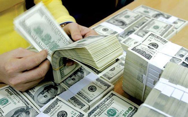 Ngân hàng Nhà nước mua ròng USD giá cao hơn thị trường tự do - 1