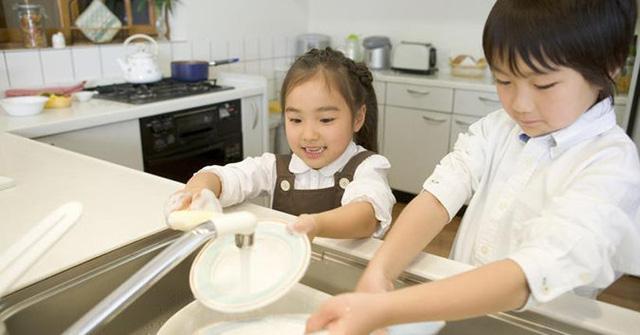 Vì sao trẻ sẽ dễ thành công nếu biết làm việc nhà từ bé? - 2