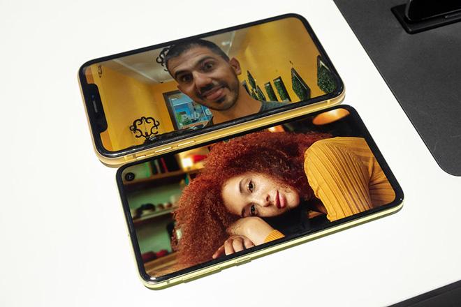 Có trong tay 17,4 triệu đồng, mua iPhone XR hay Galaxy S10e? - 2