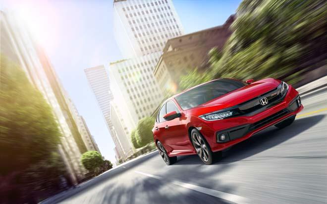 Honda Civic RS 2019 nhận được hơn 400 đơn đặt hàng chỉ sau 2 tuần ra mắt - 1