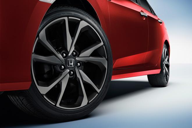 Honda Civic RS 2019 nhận được hơn 400 đơn đặt hàng chỉ sau 2 tuần ra mắt - 4