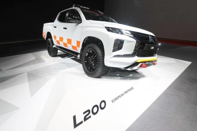 """Mitsubishi trưng bày Triton 2019 phiên bản cứu hộ """"Mountain Rescue"""" tại GMS 2019 - 2"""