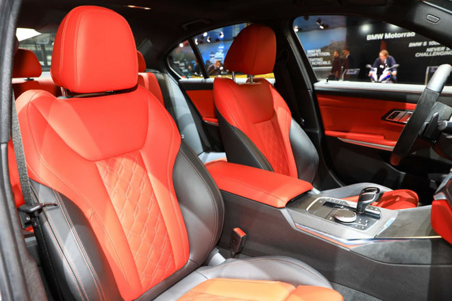 BMW giới thiệu sedan hiệu suất cao M340i tại GMS 2019 - 7