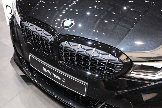 BMW giới thiệu sedan hiệu suất cao M340i tại GMS 2019 - 11