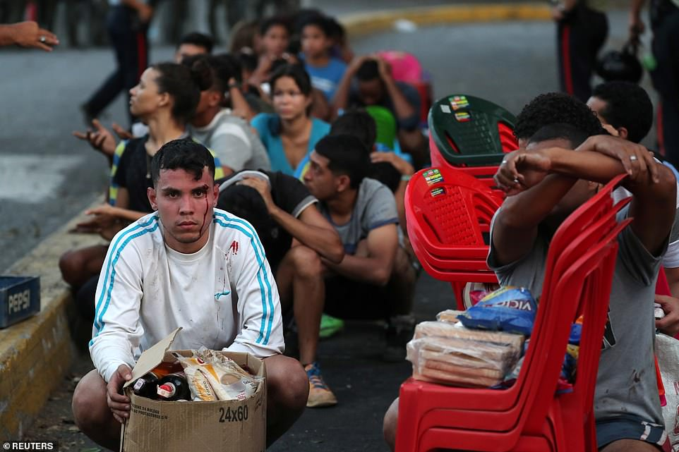 Venezuela chìm trong bóng tối ngày 5: Cướp bóc tràn lan, nhiều bệnh nhân chết - 3