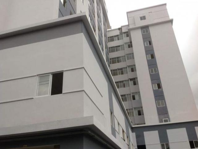 9X nghi dụ nữ sinh lên sân thượng chung cư cưỡng hiếp