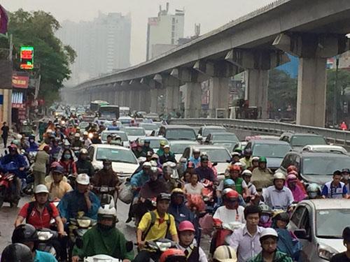 """Tiến sĩ Lương Hoài Nam: """"Việt Nam giờ mới cấm xe máy là hơi muộn"""" - 2"""