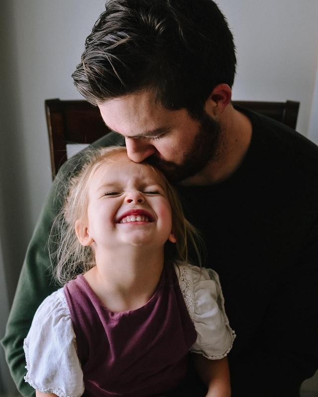 20 quy tắc trở thành một người cha tuyệt vời trong mắt cô con gái nhỏ - 2