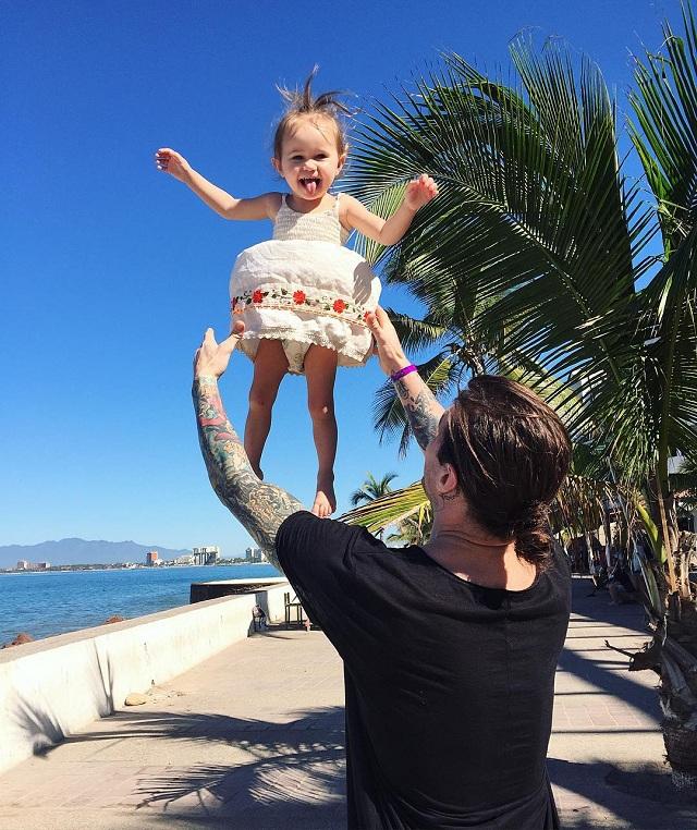 20 quy tắc trở thành một người cha tuyệt vời trong mắt cô con gái nhỏ - 1