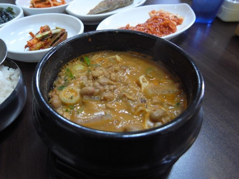 """Khám phá những món ăn """"kinh dị"""" nhất ở Hàn Quốc - 7"""