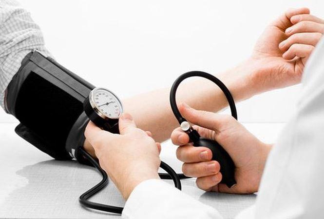 Những thói quen có thể khiến người cao huyết áp bị đột tử - 1