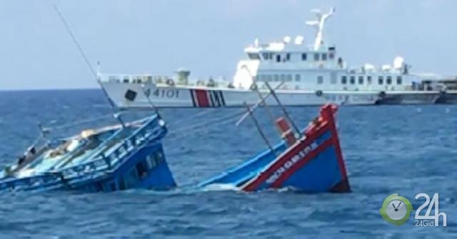 Ngư dân bàng hoàng kể bị tàu Trung Quốc ép chìm trên biển