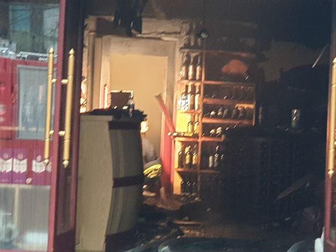 Hiện trường vụ cháy khách sạn kinh hoàng ở Hải Phòng - 7