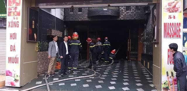 Hiện trường vụ cháy khách sạn kinh hoàng ở Hải Phòng - 8