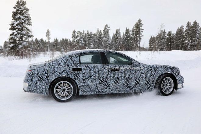 Lộ ảnh đồ hoạ của Mercedes-Benz S-Class thế hệ mới - 9