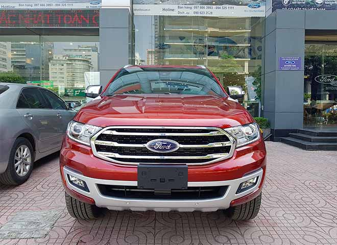 Giá lăn bánh xe Ford Everest 2019 mới nhất - Ford Everest Trend chỉ từ 999 triệu đồng - 2